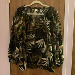 🌺Old Navy long sleeve palm leaves shirt size XL🌺